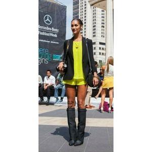 NAVEN // neon yellow circle shorts